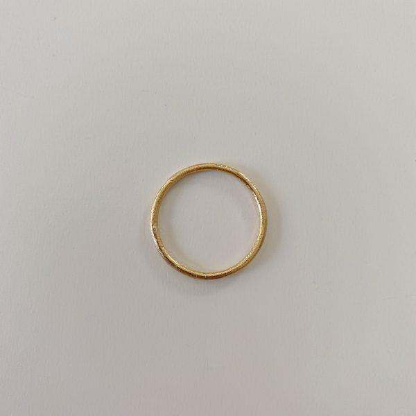 anillo-dorado-ring